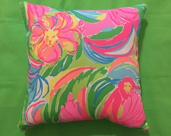 New Pillow made with Lilly Pulitzer 2016 So A Peeling fabric, 2 sizes available