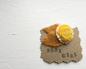 you are my sunshine. all felt hair clip by amberbrownmakesart. yellow and gold tones.