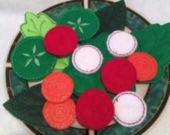 CHRISTMAS in JULY SALE Play food, pretend food felt food salad Salad 16 Piece Set