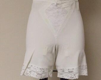 Vintage off white Adonna Penneys garter girdle 4860 lace panel hems Lrg