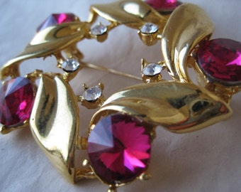 Pink Flower Wreath Brooch Gold Rhinestone Pin Vintage Clear