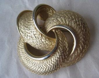 Texture Knot Gold Brooch Filigree Vintage Pin