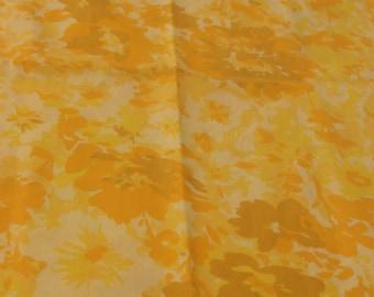 Vintage Pillowcases, Set of Pillowcases, Yellow Pillowcases, Retro Pillowcase, Floral Pillowcase, Standard Pillowcases, Pillowslips
