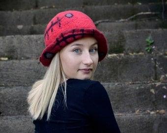Red felt hat Flapper Hat cloche hat wool felt hat hand felted Hat Womens hat womens wool Hat Art hat french art hat retro fashion