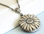 Sunflower Locket Necklace - Silver,  Flower Jewelry, Nature Jewelry, Floral Jewelry,
