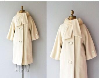 25% OFF.... Lilli Ann mink collar coat | vintage 1960s fur collar coat | cream wool 60s coat