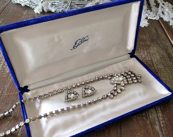 GoRGeouS ViNTaGe RHiNeSToNe NeCKLaCe & EaRRiNG SeT