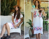 Vintage 1970s Mexican Embroidered Dress, Boho Frida White Cotton Caftan Oaxacan Ethnic Hippie Festival