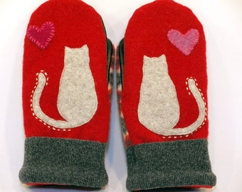 Cat Mittens Felted Sweater Wool Red and Grey Cat Applique Leather Palm Fleece Lining Eco Friendly  Up Cycled Size M
