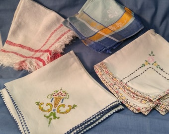 Vintage 4 Sets of 2 Each Linen Cotton Calico Embroidered Napkins, #A496