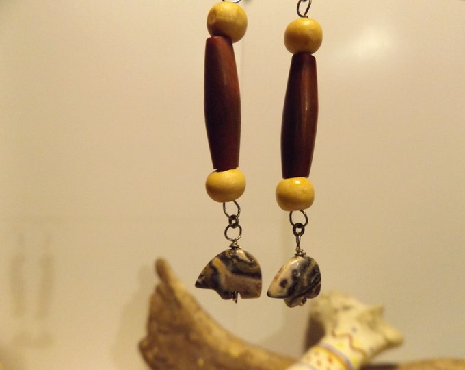Carved Bear Earrings, Carved Gemstone, Native American inspired Jewelry, Horn Bead, Healing Jewelry