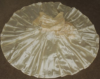 1950s Tufted Pale Gold Full Circle Skirt Dress size XS