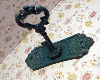 Skeleton Key Backplate Shabby Elegance Hook Jewelry Holder Curtain Tie Back Lagoon Teal Aqua Blue Towel Holder French Paris Cottage Chic