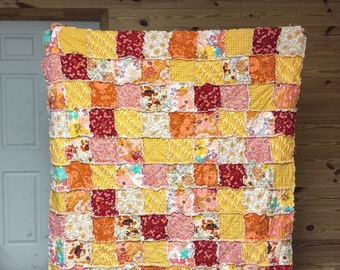 Quilt, king queen full twin, Rag Quilt, YOU CHOOSE SIZE, Wanderlust fabrics, red orange golden yellow, comfy cozy handmade bedding, sham