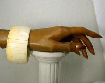 Wide Cream Lucite Bangle, Looks Like Oxbone But Is NOT, 1980s Tribal Archetype Bracelet
