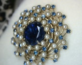 Vintage 1960s Judy Lee Blue Rhinestone Faux Pearl Pin Wheel Brooch Pin Signed