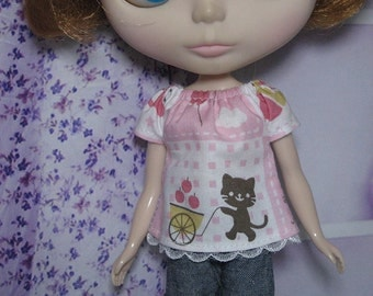 Top and Denim Shorts for Blythe