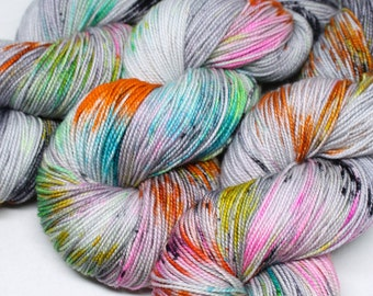Hand Dyed Speckled Sock Yarn - SW Sock 80/20 - Superwash Merino Nylon - 400 yards - Distortion