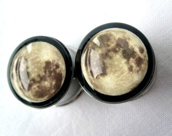 "Pair of Bohemian Full Moon Plugs - 2g, 0g, 00g, 7/16"", 1/2"", 9/16"", 5/8"", 3/4"", 7/8"", 25mm, 28mm, 30mm - (6mm-32mm) - Unique Boho Gauges"