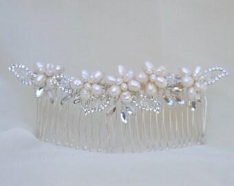 Bridal Hair Comb / Swarovski Crystal And Fresh Water Pearl Hair Comb /  Crystal & Pearl Hair Comb / Vintage Inspired Hair Comb