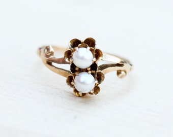 Pearl Gold Ring, Gold Bypass Ring, Victorian Pearl Ring, Victorian Bypass Ring, 10K Gold Victorian Pearl Ring, Size 6.75 Ring