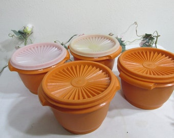Tupperware Bowls Set of 4 with Servalier Lids