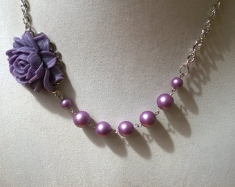 Lilac wedding jewelry, Mother of bride, , flower necklace, flower jewelry, bridesmaid jewelry,  bijou de fantaisie, lilac necklace,