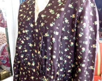 Late 1910s-Early 1920s Brown Silk Floral Print Dress 44 Bust