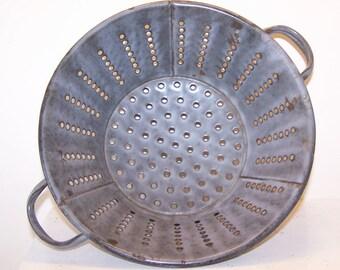 Graniteware Colander, Grey Gray Enamel, Grey Gray Enamelware, Kitchen Strainer,