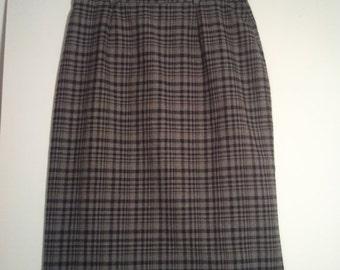 SALE grey plaid skirt pencil skirt hitchcock secretary grunge punk bohemian 60s