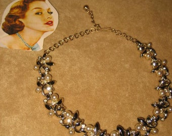 Choker Necklace Pearl & Rhinestone Vintage