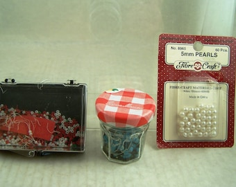 Beading Supplies Bag of Assorted Vintage Beads and Pearls