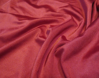 "25"" x 36"" Crimson Red Spandex"