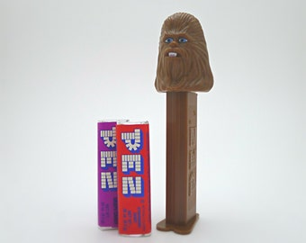 Star Wars Chewbacca Gift for Kids, Star Wars Christmas Gift, Stocking Stuffer, Miniature Toy, Vintage PEZ Dispenser with Candy