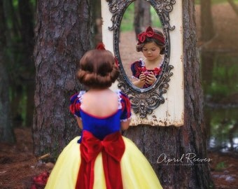 Snow White inspired princess dress size 5 ball gown