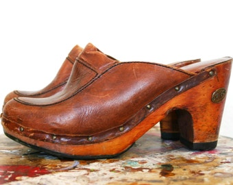 Vintage 1970s Leather and Wooden Clogs Size 6.5-7 by RH
