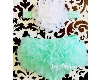 Baby BLOOMER and Baby Girl HEADBAND set. Ruffle Bum Baby BLOOMER Set,Eyelet Flower headband, Newborn Photo Prop,ready to ship- Blow Out Sale