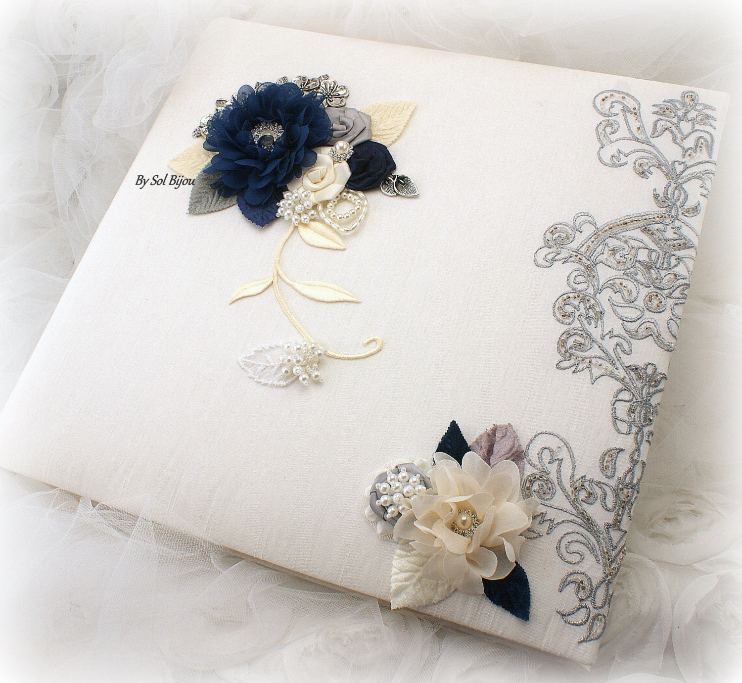 photo album ivory silver navy blue gray wedding album. Black Bedroom Furniture Sets. Home Design Ideas