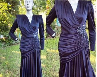 35% OFF 80s Wiggle Dress / 80s Dress / Vintage Party Dress / Vintage Little Black Dress / Ruched Dress by Why Size 6-10
