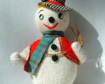 1970's Stuffed SNOWMAN Christmas Ornament Decoration - Vintage Doll - Made In Japan