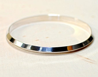 Sterling silver triangular shaped bangle with mirror finish and custom sizing - Solid 925 BNGL651