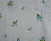CLEARANCE~Vintage Cotton Sheeting~5 Yards~Blue Roses~Baby Blue Fabric~1950s-60s Fabric
