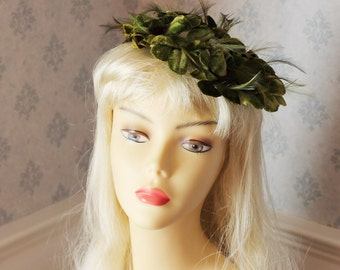 Vintage 1950s Green and Red Velvet Petal and Feather Head Piece