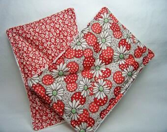 Nodda Sponge in Polka Dot Flower in Red - Sponge Set - Dish Cloth - Cleaning Cloth - Eco Friendly - Ready To Ship