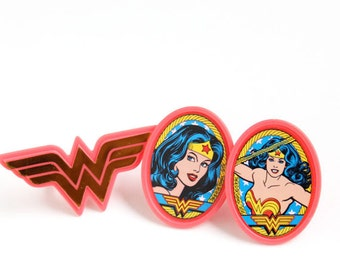 Wonder Woman Cupcake Toppers, Wonder Woman Cupcake Rings, Superhero Birthday Party