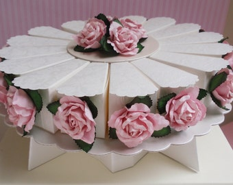 Cakestand Centerpiece with 16 Cake Slice Favor Boxes