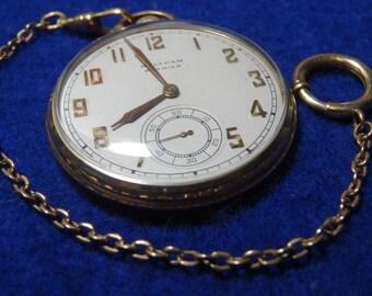 Vintage Gentleman's Waltham 17 Jewels Pocket Watch With Chain