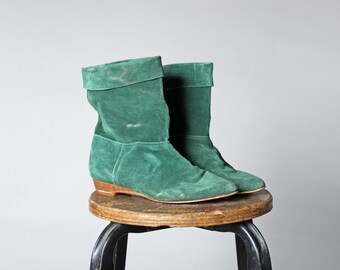 Vintage Emerald Green Suede Leather Booties- Slouch Flat Boot Shoe Ankle Cuff Casual- Size 7 or 7 1/2