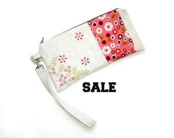 Wristlet clutch purse, linen purse, mauve  pink, slim bag, zipper top bag, Summer purse, clutch bag
