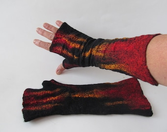 Hand Felted Mittens, Black fingerless gloves, Wool gloves, Black and  Red, Winter gift, Halloween Vampire, Warm mitts, Black gloves